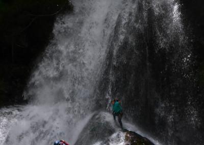台高本沢川黒石谷扇滝